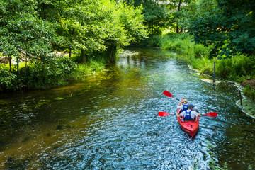 Fototapeta Kajaki kajakarstwo rzeka weekend wakacje lato woda sport obraz