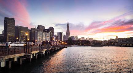 USA, California, San Francisco, Skyline, Pier 7 at sunset