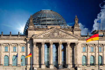 Reichstag building, seat of the German Parliament (Deutscher Bundestag) in Berlin, Germany Fototapete