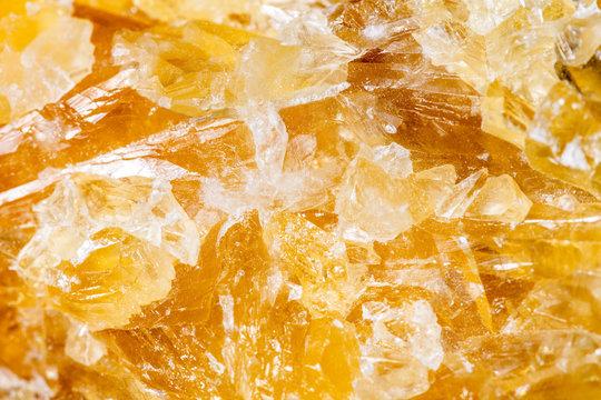 Hintergrund Calcit in orange, Makro Nahaufnahme Mineralien und Heilsteine