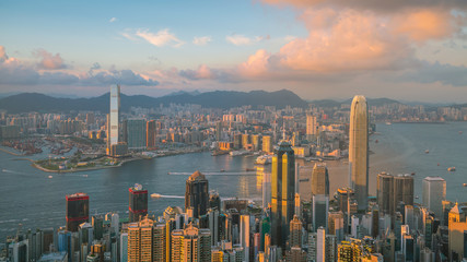 Photo sur Aluminium Hong-Kong Panoramic view of Victoria Harbor and Hong Kong skyline