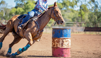Horse And Rider Competing In Barrel Race At Outback Country Rodeo Fototapete