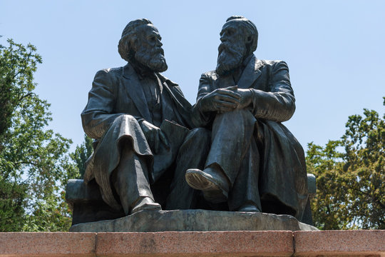 Marx and Engels statue in park