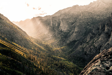 Fototapete - Beautiful Blodgett Canyon of Montana at sunset.  Bitterroot Mountains