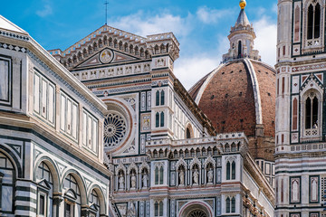 In de dag Florence Florence Duomo, Italy. Santa Maria del Fiore cathedral (Basilica of Saint Mary of the Flower). City in the day