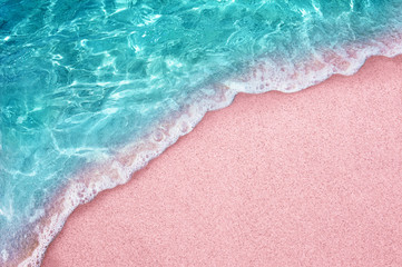 Zelfklevend Fotobehang Lichtroze tropical pink sandy beach and clear turquoise water