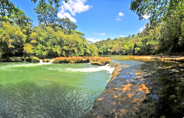 Poster Lavendel The Loboc River - a river in the Bohol province of the Philippines.