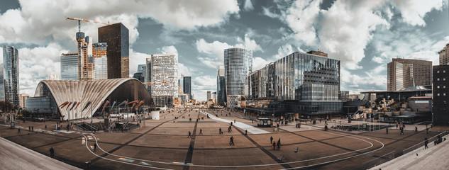 Foto auf Gartenposter Paris High resolution panoramic view of La Defense Business district in Paris, France