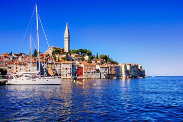 Foto auf Leinwand Dunkelblau View of the beautiful old town of Rovinj, Croatia, over the blue Adriatic sea