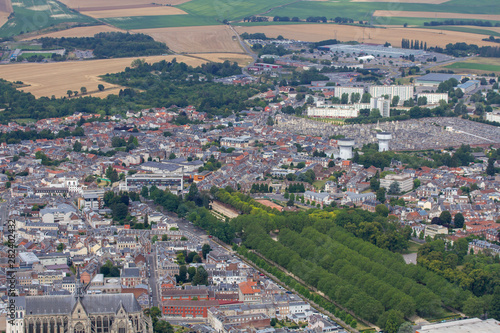 vue aérienne de saint-quentin