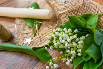 Poster de jardin Muguet de mai lily of the valley on the table