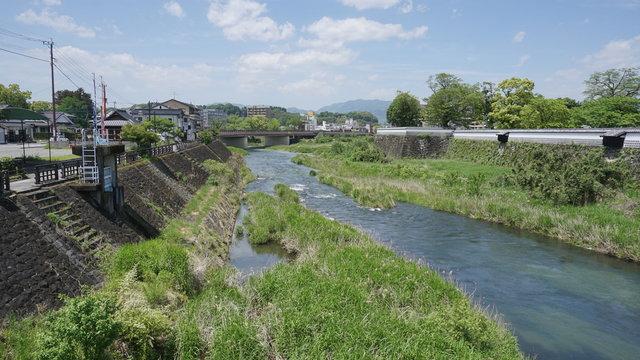 人吉城の塀と河