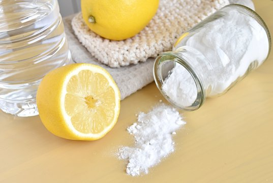 Natural products for home cleaning, lemon, baking soda and vinegar, eco friendly, zero waste cleaners.
