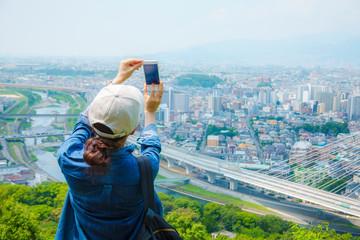 都市風景・女性