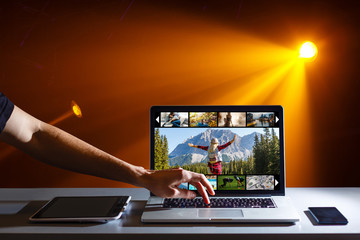 Internet Computer Laptop with Image Gallery