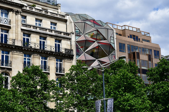 Paris; France - april 2 2017 : the Avenue des Champs Elysees