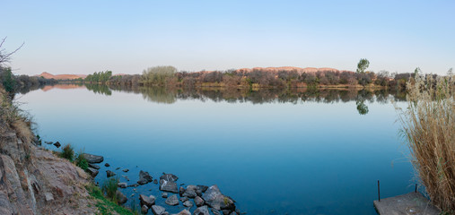 Vaal River Winter Landscape Panorama Smooth Mirror Water Dome Bergland Reflection Banks