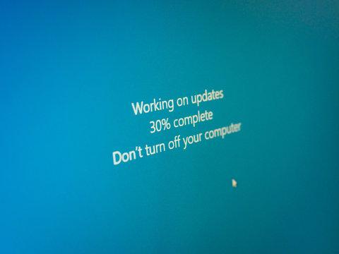 PALO ALTO, USA - CIRCA MARCH 2019: Windows 10 Update message