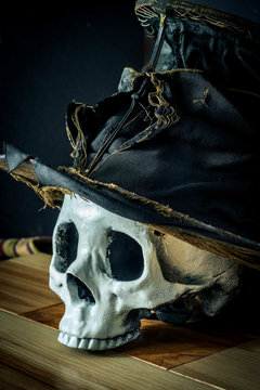 Scary Halloween Skull Top Hat