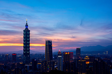 Wall Mural - Landscape of Taipei city during  sunset time, Taiwan.