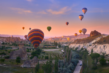 Fototapete - Colorful hot air balloons in Goreme national park, Cappadocia,Turkey