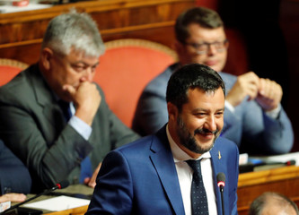 Senate meets to set a date for a motion of no confidence in the government in Rome