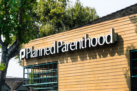 August 7, 2018 Mountain View / CA / USA - Planned Parenthood logo on one of their centers in south San Francisco bay area