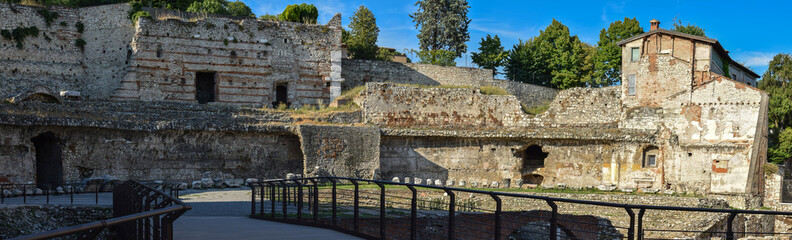 Fototapete - Brescia - Teatro romano