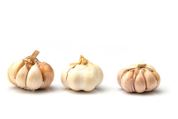 garlic isolated on white background Fototapete