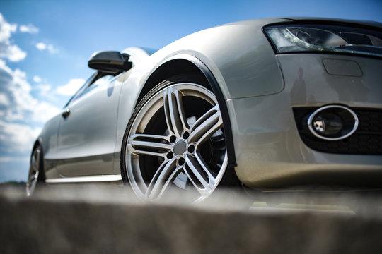 Auto - Sportwagen