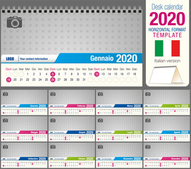 Useful desk triangle calendar 2020 template, with space to place a photo. Size: 22 cm x 12 cm. Format horizontal. Italian version