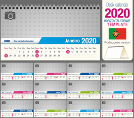 Useful desk triangle calendar 2020 template, with space to place a photo. Size: 22 cm x 12 cm. Format horizontal. Portuguese version