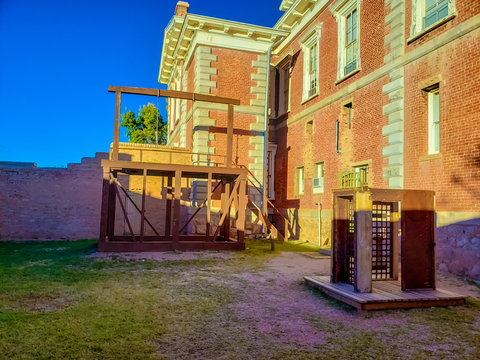 Tombstone Courthouse State Park - The Gallows