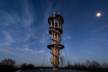 Schönbuchturm und Mond