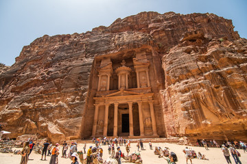 Poster Kameel JORDAN, Petra - May 2019: Tourist complex of the ancient city of Petra with tourists and locals