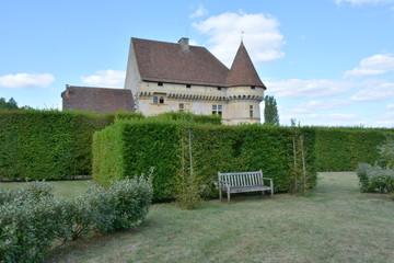 jardin autour du château de Losse