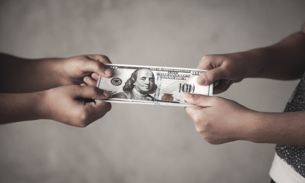 Fight over a money. Finance, Conflict, Problems