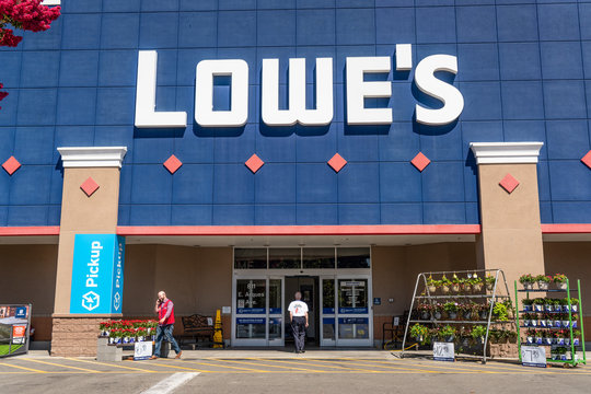 August 7, 2019 Sunnyvale / CA / USA - People shopping at Lowe's in South San Francisco bay area