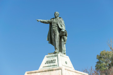 Photo sur Plexiglas Commemoratif Mexico, Oaxaca, Statue of Benito Juarez