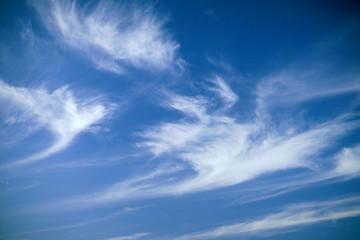 USA, Hawaii. Blue sky and whispy clouds