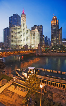 USA, Illinois, Chicago. Wrigley and Chicago Tribune buildings seen from Chicago River.