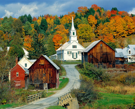 USA, Vermont, Waits River. Fall foliage adds further beauty to the small village of Waits River in Vermont.