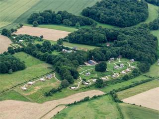 vue aérienne d'un camping à Les Épasses dans l'Orne en France