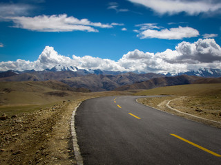 Driving the highway, typical landscape on the road from Rongbuk in the Himalaya of southern Tibet to Zhangmu on the Nepal-China border, Tibet, China, Asia