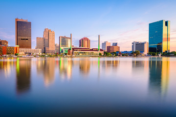 Fototapete - Toledo, Ohio, USA Skyline on the River