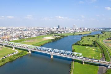 江戸川を千葉県側に渡るスカイライナーを俯瞰撮影