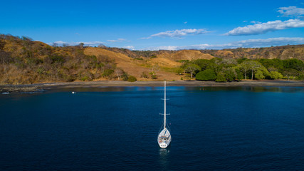 Sailboat in Costa Rica close to Playa Hermosa in Guanacaste on Tour with Tourists