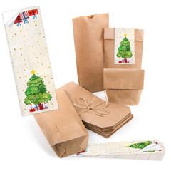 Weihnachten Verpackung isoliert: braune Geschenkbeutel mit Aufkleber zum Verschließen