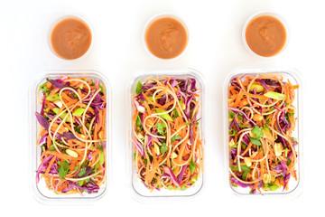 Thai noodle salad with peanut sauce meal prep