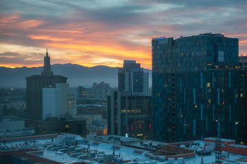 San Jose, California: Great Aerial view on Downtown City center during the sunset time. Fototapete